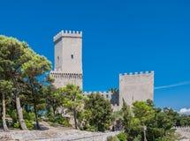 Normandisk slott eller medeltida slott av Venus i Erice, landskap av Trapani i Sicilien, Italien Arkivfoto