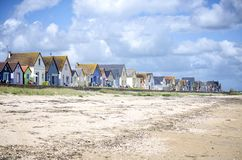 Normandy, dunas do DES de Gran Hameau Fileira de casas coloridas na praia Cotentin normandy france Imagens de Stock Royalty Free