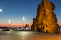 Normannisches Schloss bei Sonnenaufgang Stockfoto