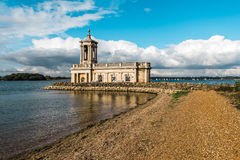 Normanton-Kirche in Rutland Water Park, England Stockfotos