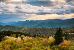 Norr Carolina Blue Ridge Parkway Scenic berglandskap Ashe Arkivfoto