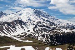 Norr framsida av Mt rainier Fotografering för Bildbyråer