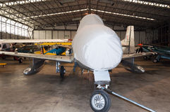 'Norr a-' modell - amerikansk F-86 sabel, återställande på Duxford, IW Arkivfoto