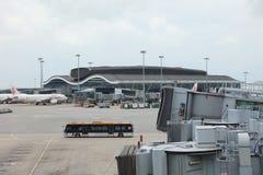 norr satellit- folkhop för hk-flygplats Royaltyfria Bilder
