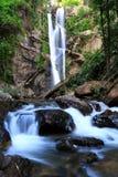 norr thailand för morkfaa vattenfall arkivbild