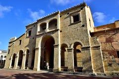 Norrsida av domkyrkan av Santo Domingo Royaltyfria Foton