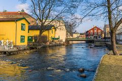 Norrtalje Suède - 1er avril 2017 : Vieille ville de Norrtalje, Suède Images stock