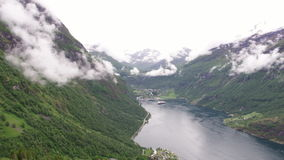 Norsk fjord Geiranger stock video