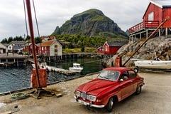 norsk liten by för fiske Royaltyfria Bilder
