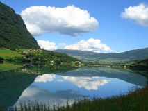 norska fjords arkivbild