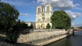 Norte Dame Cathedral a Parigi video d archivio