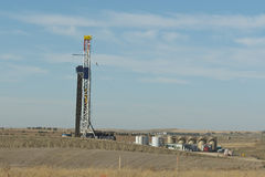North Dakota olje- brunn Arkivbild