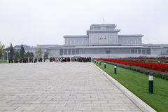 North Koreans & soldiers at Kumsusan Palace of the Sun Stock Photo