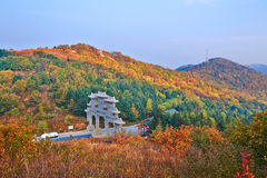 The north sky gate and autumn mountain Royalty Free Stock Photos