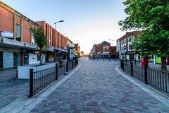 Northampton, het UK - 10 Augustus, 2017: De duidelijke mening van de Hemelochtend van Abington-Straat in de Stadscentrum van Nort Royalty-vrije Stock Fotografie