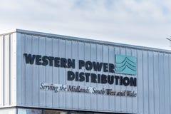 Northampton het UK 09 December, 2017: Westelijk het embleemteken van de Machtsdistributie in het Industriële Landgoed van Brackmi Royalty-vrije Stock Afbeeldingen