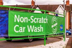 Northampton het UK 3 Oktober, 2017: IMO Bijgewoonde teken van het autowasseretteembleem in de stadscentrum van Northampton Stock Fotografie