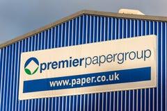 Northampton UK Januari 05 2018: Första logotecken för pappers- grupp Royaltyfri Foto