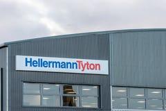 Northampton UK Styczeń 04, 2018: HellermanTyton kabli logo podpisuje wewnątrz Sixfields teren przemysłowego Zdjęcia Stock