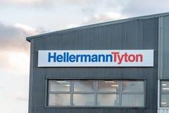 Northampton UK Styczeń 04, 2018: HellermanTyton kabli logo podpisuje wewnątrz Sixfields teren przemysłowego Obraz Stock