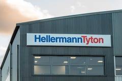Northampton UK Styczeń 04, 2018: HellermanTyton kabli logo podpisuje wewnątrz Sixfields teren przemysłowego Obraz Royalty Free
