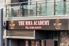 Northampton UK Styczeń 05, 2018: MMA akademii logo podpisuje wewnątrz zolu Northampton Grodzkiego centre Obrazy Stock