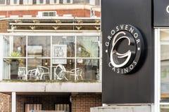 Northampton UK Styczeń 05, 2018: Grosvernor kasyn loga znaka stojak Zdjęcia Stock