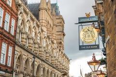 Northampton UK Styczeń 28 2018: Starego banka karczemny logo podpisuje Northampton ratuszu budynek Zdjęcie Stock