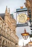 Northampton UK Styczeń 28 2018: Starego banka karczemny logo podpisuje Northampton ratuszu budynek Obrazy Stock