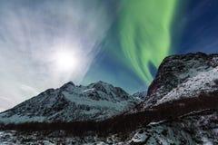 Northern lights (Aurora borealis) over Mountain Royalty Free Stock Photos