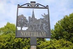 Northiam-Dorfzeichen, East Sussex stockbilder