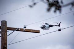 Northridge, CA/Etats-Unis - 27 mai 2019 : Les unités d'unité et de patrouille d'air de LAPD répondent à l'appel de brandishing/AD image libre de droits