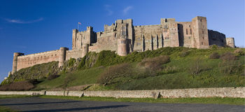 замок Англия northumberland bamburgh Стоковое фото RF