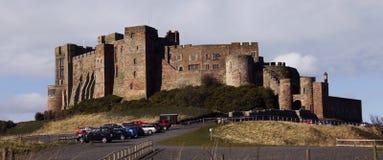 замок Англия northumberland bamburgh Стоковые Изображения RF