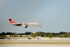 Free Northwest Airlines Regional Jet Landing Royalty Free Stock Images - 25776399