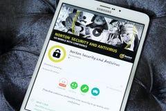 Norton AntiVirus app på Google leklager royaltyfri fotografi