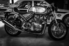 Norton Commando 961 Koffieraceauto royalty-vrije stock fotografie