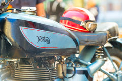 Norton motorcykeltappning på tappningmotorcykelshowen fotografering för bildbyråer