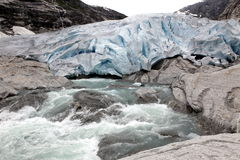Noruega, parque nacional de Jostedalsbreen. Glac famoso de Briksdalsbreen Fotografia de Stock