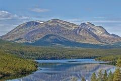 noruega Vale largo nas montanhas fotos de stock