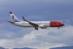norvégien COM voyagent en jet à l'approche Photo stock