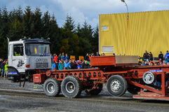 NORWEGEN, FARSTAD- SEPT. 29 2019: Traktorziehen Lizenzfreie Stockfotografie