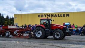 NORWEGEN, FARSTAD- SEPT. 29 2019: Traktorziehen Stockfotografie