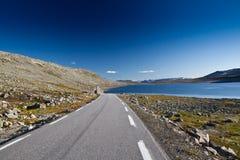 Norwegen - Gebirgsstraße Lizenzfreies Stockfoto