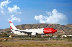 Norwegian Airlines Landing At Alicante Airport Stock Photos