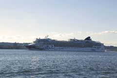 Norwegian Gem Cruise Ship leaving New York Stock Photography