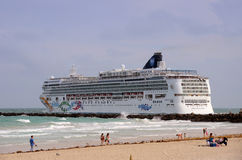 Norwegian Pearl cruise ship Stock Image