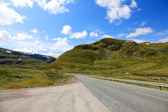 Norwegian road in the mountains. Royalty Free Stock Photography