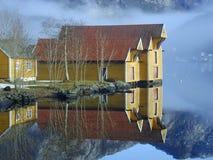 Norwegische Häuser Stockfotos