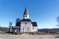 Norwegische hölzerne Kirche lizenzfreie stockfotos